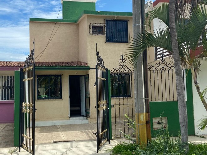 Se vende casa en Arboledas III Mazatlán