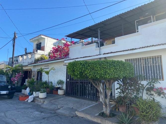 Se vende casa en Brisas del Mar
